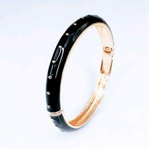 Adia Kibur Jewelry - ⚡FLASH SALE!⚡Adia Kibur dotted enamel bangle! 🎀😘