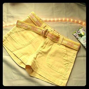 Butter yellow LEI shorts