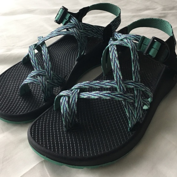 Chaco Shoes   Womens Chacos Size 9 Wide