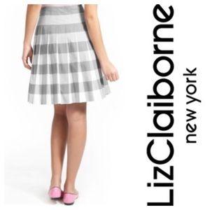 Liz Claiborne Gray White Plaid Pleated Skirt 6 12P