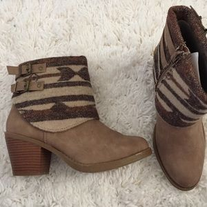 Shoes - Brand new! Western style booties