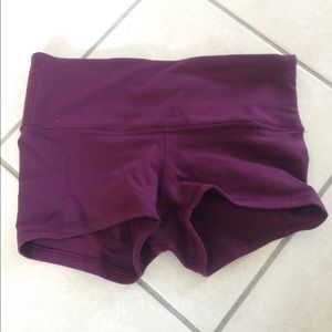 Lululemon yoga/workout short