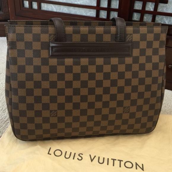 d54c1f2207d75 Louis Vuitton Handbags - 💯% Auth. Louis Vuitton Parioli PM Damier Ebene