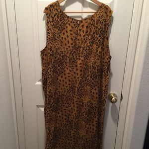 Dresses & Skirts - LEOPARD DRESS(MID LENGTH)