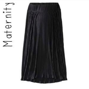 Liz Lange Maternity black pleated maxi skirt sz XS