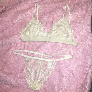 Victoria's Secret Other - bra set, súper sexy and soft great 👰🏼