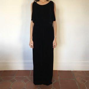 Long velvet black dress