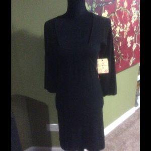 Derek Heart Dresses & Skirts - NWT Derek heart bell sleeve dress