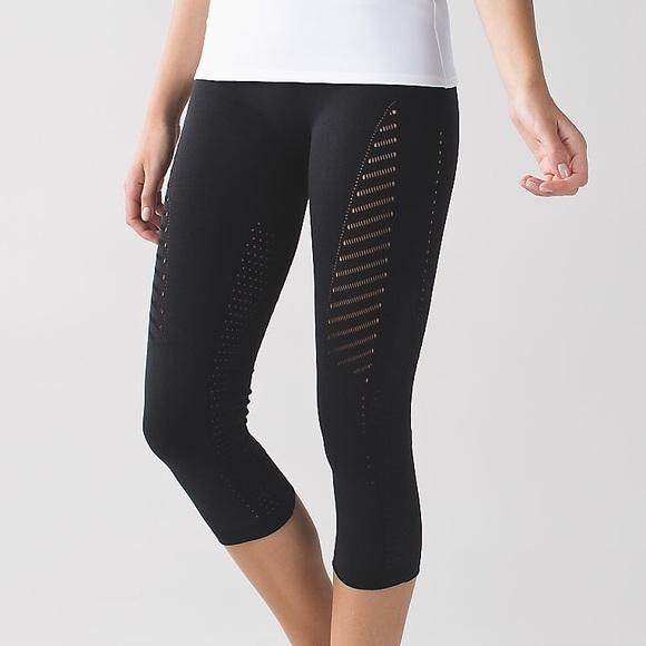 8abdcab322 lululemon athletica Pants | Rare Lulu Lemon Light Speed Crop ...
