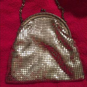 Authentic Original Vintage Style Handbags - Vintage Whiting & Davis small silver mesh bag!