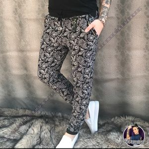 Pants - Paisley butter soft joggers NWT
