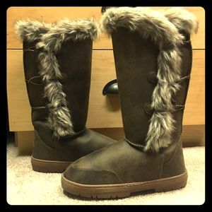 Cute Furry Boots