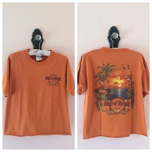90's Vintage Hard Rock Cafe Cropped T-shirt
