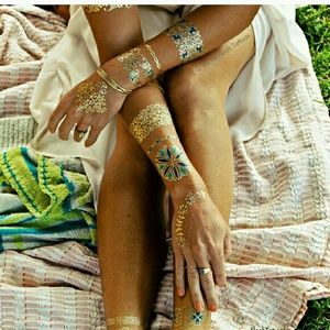 Flash Tattoo Other - Isabella Flash Tattoos set