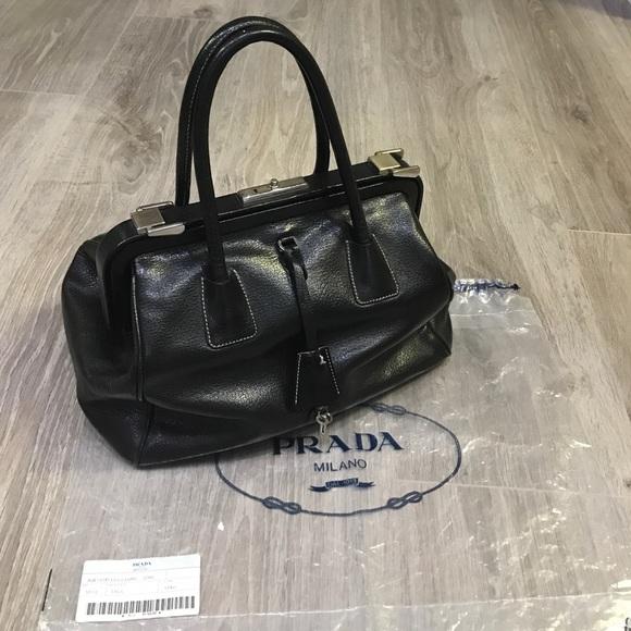 0f869044774f75 PRADA doctor bag. M_588141e82ba50ac7d601c679
