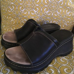 MIA Shoes - MIA sandals--like NEW💕