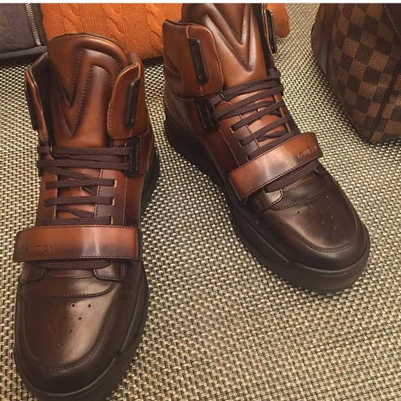 4e3879d6 Louis Vuitton Trailblazer Hi top sneaker boot