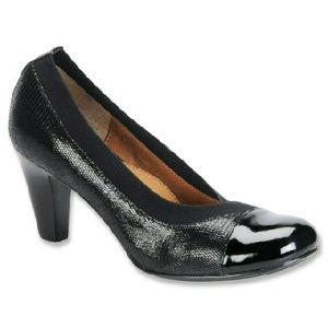 Sofft oksana pump. New in box. Sz 10. Comfort heel