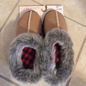 cabernet Shoes - NWT!! Super nice!! Cabernet shoe slippers.