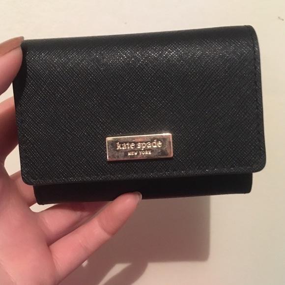 official photos 2aead 3f4ce Cute little black Kate Spade card holder