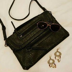 Handbags - Black textured clutch / purse