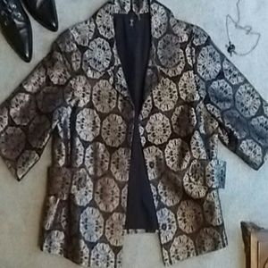T Tahari Jackets & Blazers - T Tahari Brocade Jacket!