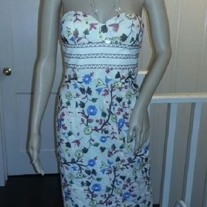 Tibi Dresses & Skirts - Tibi size 2 Strapless Midi Embroidered Floral Dres