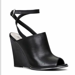 Design Lab by Lord and Taylor Black Wedges
