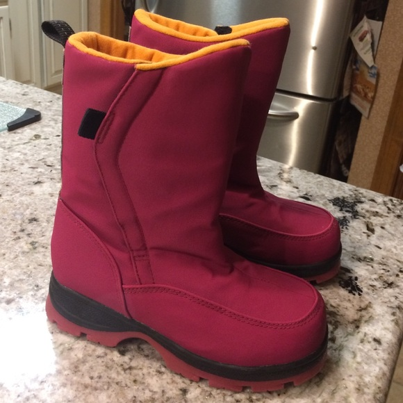 Lands End girls boots size 13 13G from Collette's closet on Poshmark