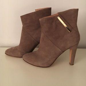 Sigerson Morrison Shoes - Sigerson Morrison ankle boots. Grey suede. Sz 7.5