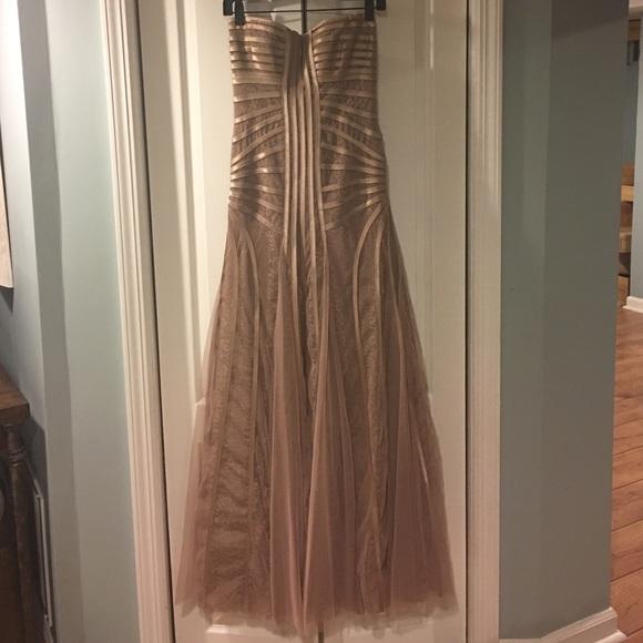 e884ea08aaa1 BCBGMaxAzria Dresses & Skirts - BCBGMAXAZRIA magnolia lace tulle prom gown 4