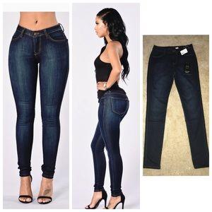 Fashion Nova Denim - ✨NWT Fashion Nova Classic MidRise Jean
