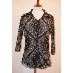 Black patterned 3/4 sleeves top