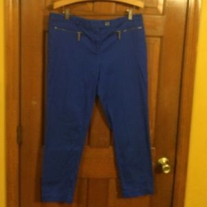 EUC, Stretch MK W/silver zippers on front pocket