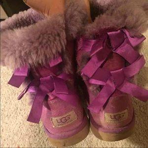 Purple bailey bow uggs size 4