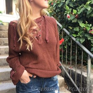 Sweaters - | FINAL SALE |Lace Up Pullover Sweater || M/L