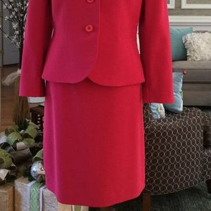 Le Suit Dresses & Skirts - Strawberry colored Pencil Skirt