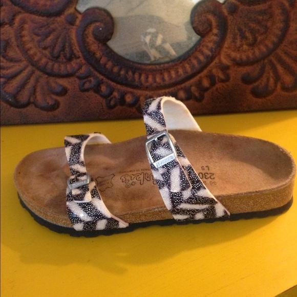 b8939122bd5c Birkenstock Shoes - NEW BIRKENSTOCK BIRKIES SZ L5 36 35 BLACK   cREAM