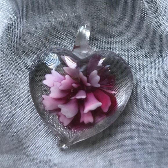 Jewelry - Glass pendant