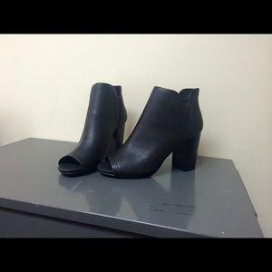 Madden Girl Shoes - Madden girl black peep toe booties