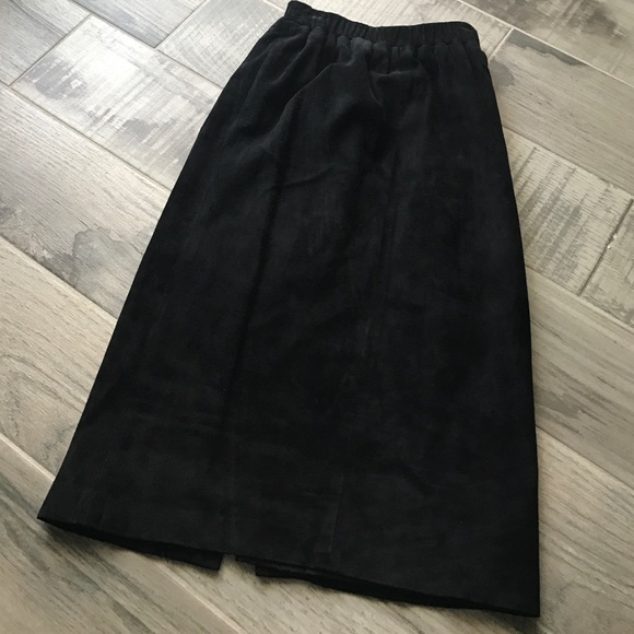 Siena Skirts - Black suede pencil skirt