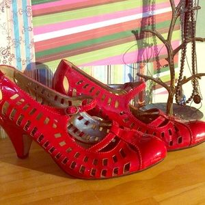 Sam Edelman red shoes