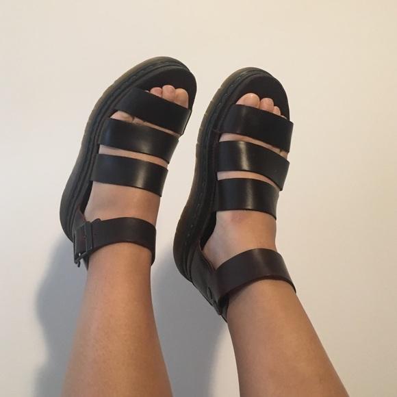 d477101c5ba0 Dr. Martens Shoes - Doc Martens Clarissa