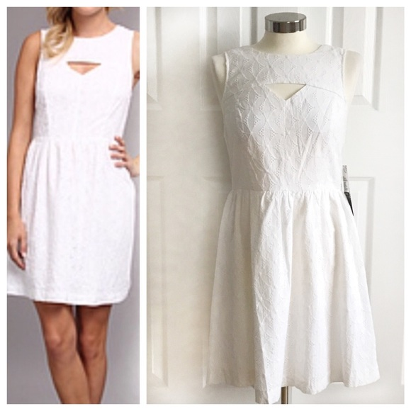 bae7038b05a05 NWT Kensie White Eyelet Dress Keyhole
