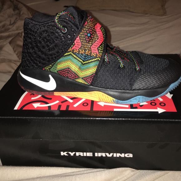 Nike KYRIE 2 BHM‼ ‼️