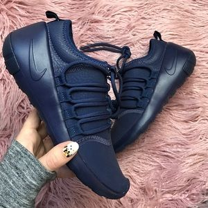 Nike Shoes - NWT Nike payaa premium navy