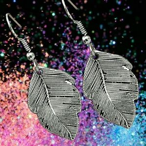 Jewelry - 3D Leaf Boho Earrings