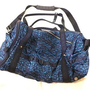 Lululemon Duffle Bag- Like New! 