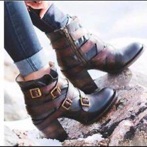 Freebird by Steven Hustle Booties Boots 9 Leather