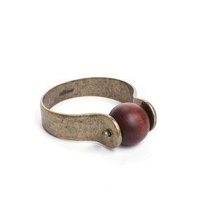 Jewelmint Jewelry - Jewelmint Globetrotter Bangle
